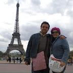 tanti baci da stella spagnolo e alessandro gurreri a parigi.JPG
