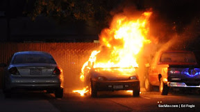 News_110427_VehicleFire_Xat15_Mav-20.jpg