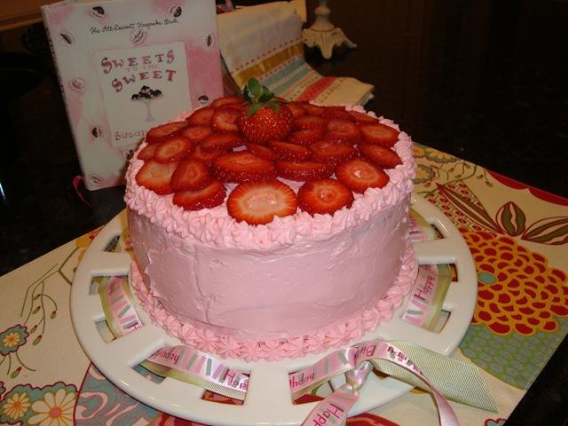 Cottage Farm Villa Fresh Homemade Strawberry Cake