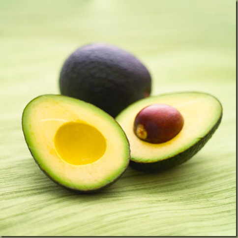 rby-33-foods-stay-young-avocado-de