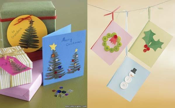 manualidad tarjetas de navidad con helechos y botones