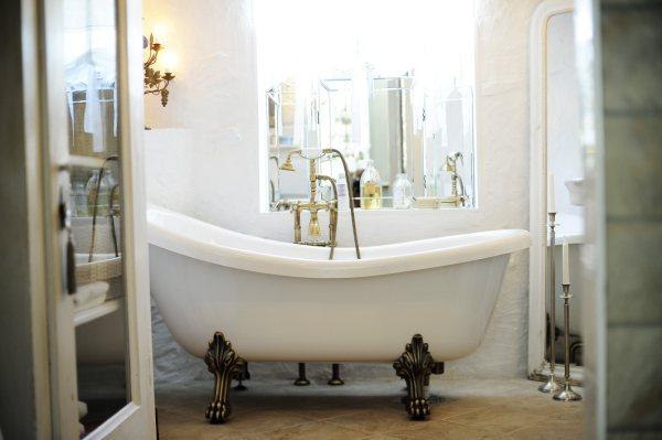 Gr? Baderomsfliser : Den store bad og baderom utfordringen p? nib ...