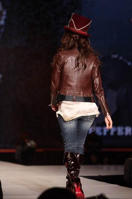 Leah DizonvKobe Fashion Show