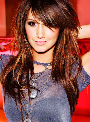 Ashley Tisdale latest long hairstyle pictures Ashley Tisdale hairstyles with