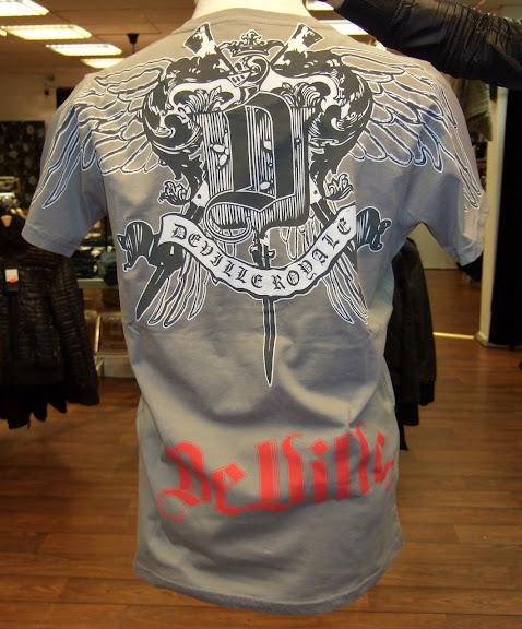 Deville t-shirt 499 kr (rygg)