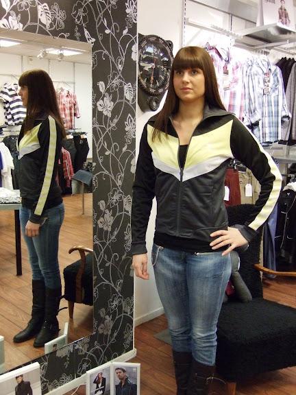Hummel tröja 599 kr