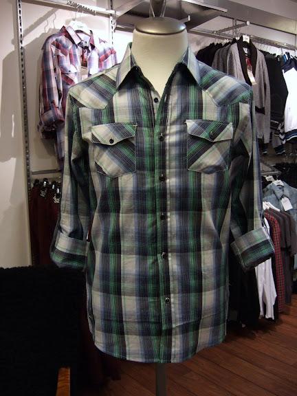 Solid skjorta 449 kr