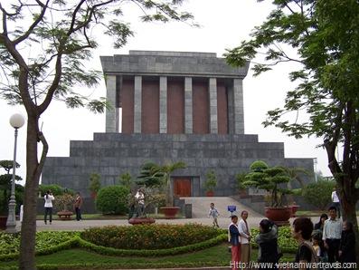 Hanoi Ho Chi Minh Mausoleum (5)