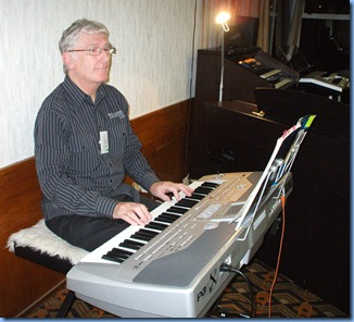 Little Jack Horner sat in the corner. The Club President fronted-up to playing the arrival music on his Korg Pa1X. Photo courtesy of Colleen Kerr.