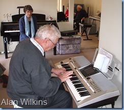 Alan Wilkins brought his Yamaha PSR S-900 keyboard