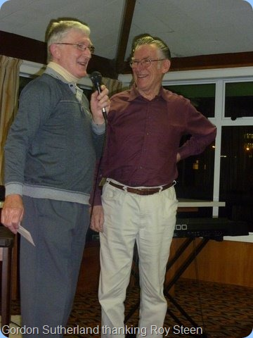 Club President, Gordon Sutherland, offering a vote of thanks to Roy on behalf of the members present for his wonderful performance. Roy enjoyed playing for the Club so much that he announced his wish to join immediately!