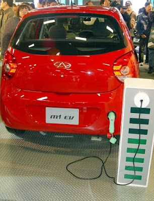 [Event] 2010台北車展現場記實:福斯妹、Mazda、BMW、Mini和其他展場補遺篇