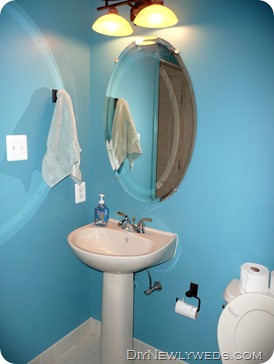 powder_room_remodel_before