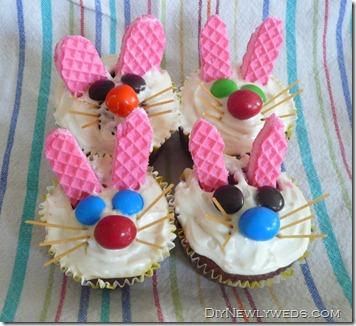 carrot-cake-bunny-cupcakes