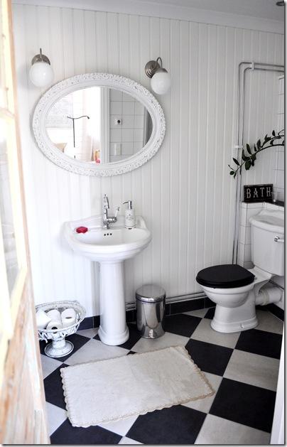 Badrum badrum klassiskt : mig & alice: Badrummet uppe…