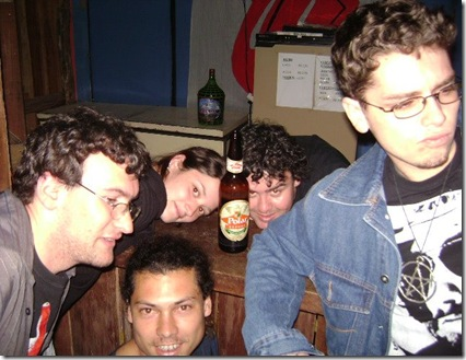 Bons tempos de New, todo mundo loucos e bêbados