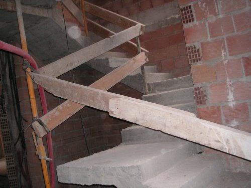Salud y prevencion barandillas escaleras obra travesa o - Barandillas de obra ...