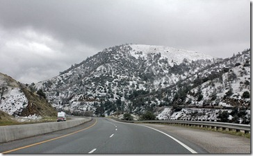 110220_snow_tehachapi