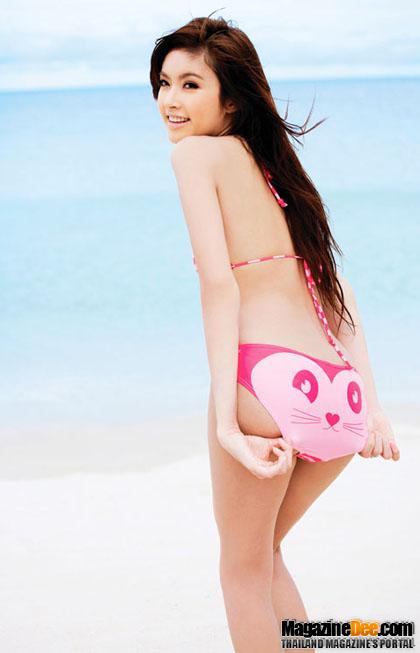 รูปภาพ สาวสวยในชุดว่ายน้ำ แฟชั่นหน้าร้อน เซ็กซี่ๆ