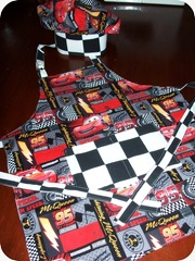 cars apron & hat