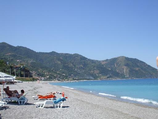 пляж на сицилии