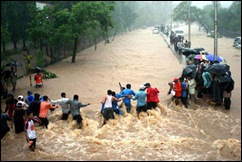 061201-india-monsoon_big