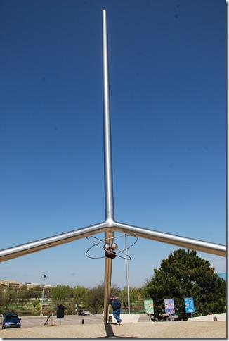 04-18-10 B Amarillo Helium Monument 017