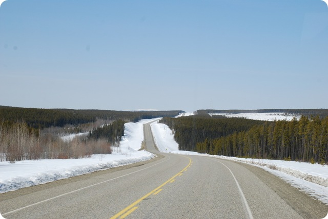 04-24-09 Alaskan Highway - Yukon 007