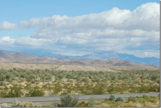 11-28-10 Y US 40 CA-AZ Border to SR-95 006