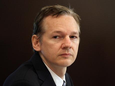 Julian Assange 02