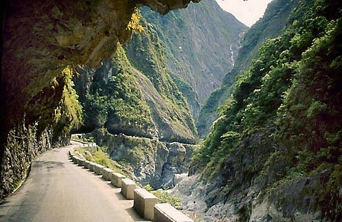 Guoliang Tunnel (2)