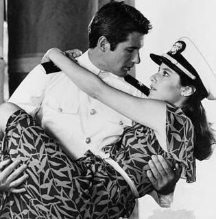 """Richard Gere and Debra Winger in """"An Officer and a Gentleman"""""""