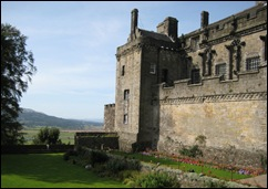 Stirling Palace with Garden 2