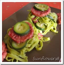 Cotechino con tagliatelle verdi e zucchine 1