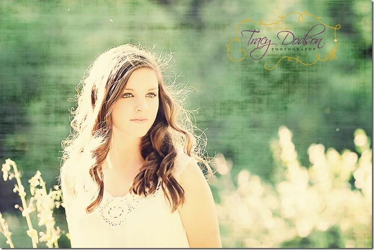 Erin Thompson Cam2   221j VS