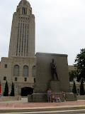Pagel and Bartlett kids in front of the Nebraska State Capitol