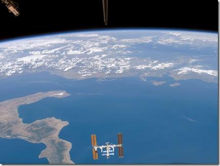 Estación Espacial sobre el Mar Mediterráneo
