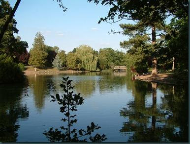 Park Lake 24-08-2003 032