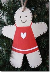 GingerbreadMan_Red_Heart_Ap