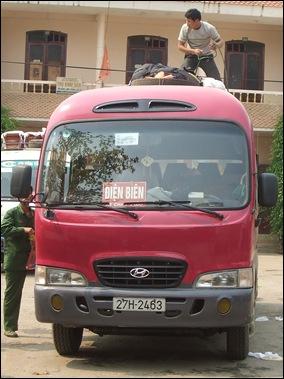 Minibús de Son La a Dien Bien Phu