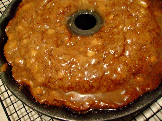 What Goes With Rum Cake