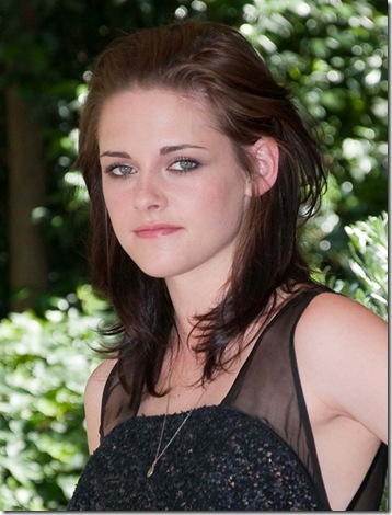 #5215836 'The Twilight Saga: Eclipse' photocall took place at the Hotel Russie in Rome, Italy on June 17, 2010. Pictured here is: Kristen Stewart 