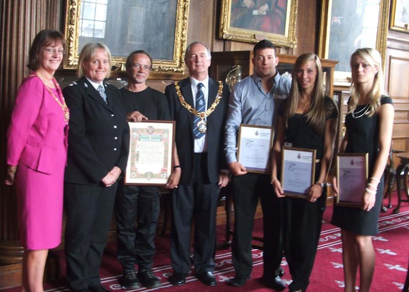 bravery-award-2010.jpg