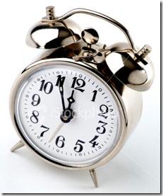 ist2_1323146-alarm-clock-5-to-12