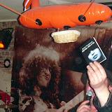 Александр Сигида отправляет книгу Елены Заславской в полет на дирижабле