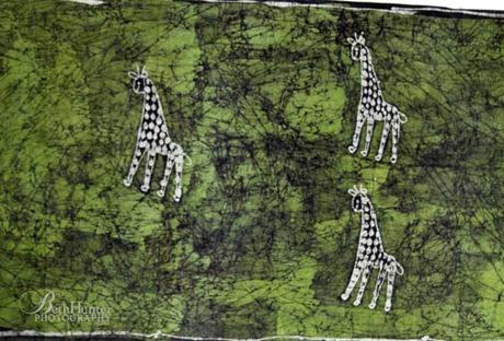 green-batik-giraffes