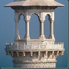 Taj_Mahal-Minaret