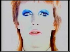 life-on-mars-a-timesless-oddity-by-david-bowie-25