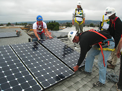 Placing photovoltaic solar panels on a roof