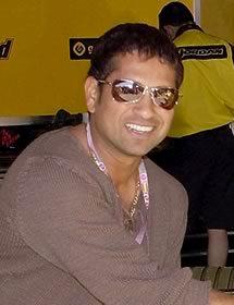 Smart Sachin Tendulkar smiling